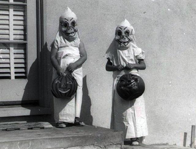 vintage-halloween-costumes24