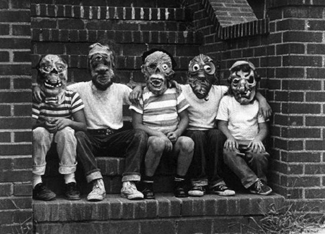 vintage-halloween-costumes3