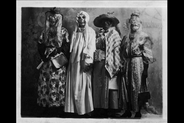 vintage-halloween-costumes34