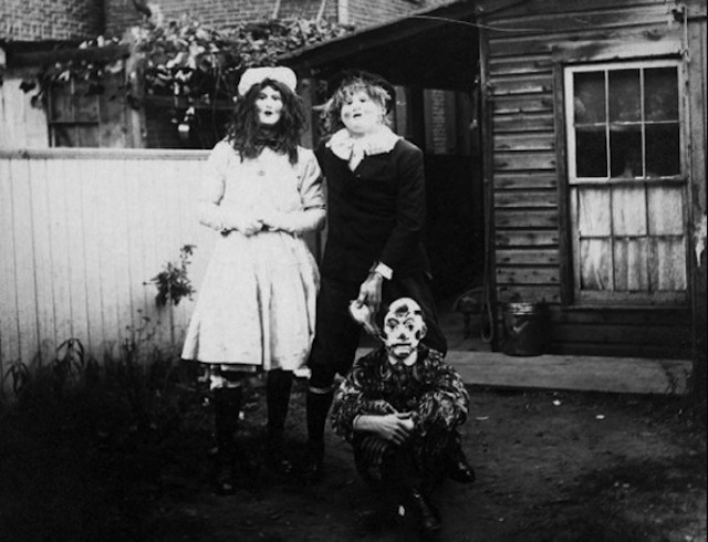 vintage-halloween-costumes4