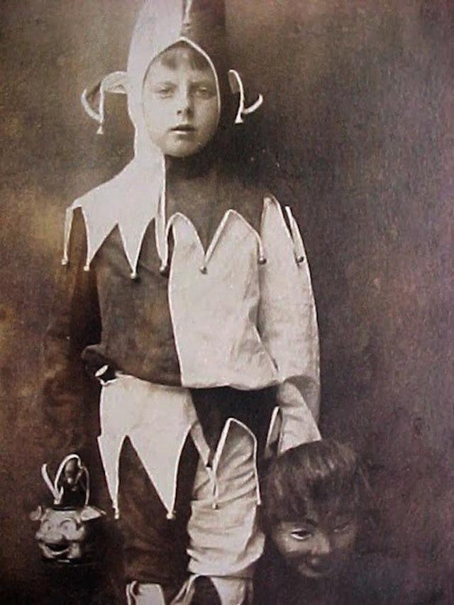 vintage-halloween-costumes8