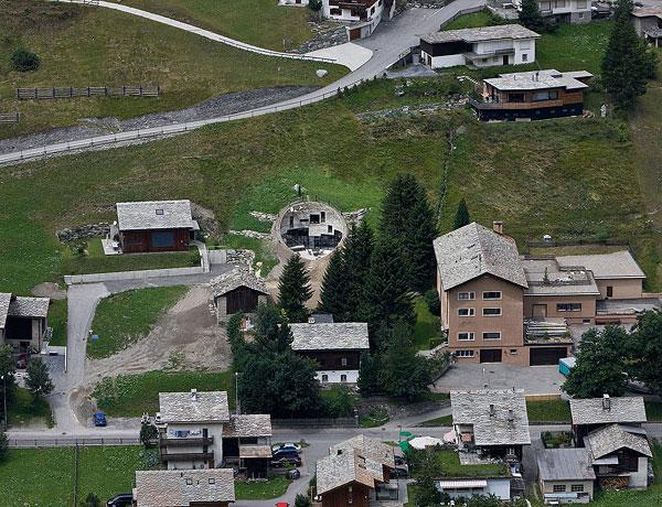 19-underground-home-designs-swiss-mountain