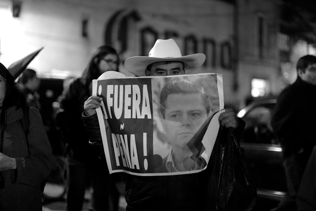 #20NovCDMX-Ayotzinapa-13