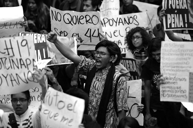 #20NovCDMX-Ayotzinapa-25