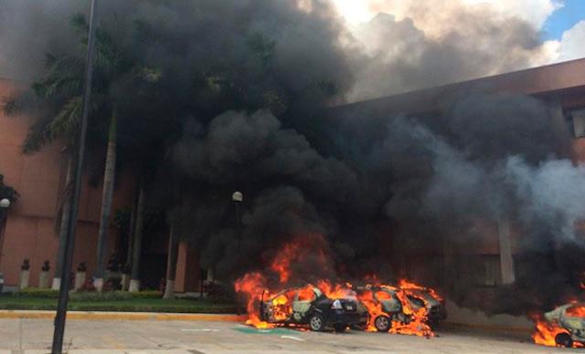 Incendio_Congreso_Guerrero_RaymundoteleSur