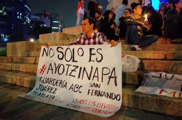 Velada-Ayotzinapa-1