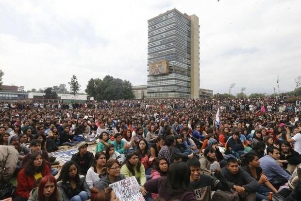 ayotzinapa unam