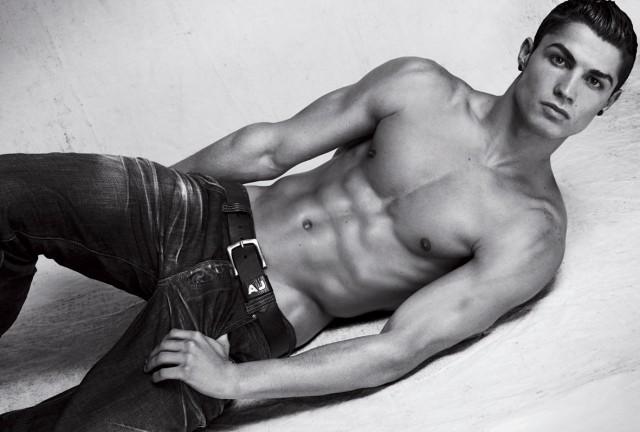 christiano-ronaldo-armani-jeans1