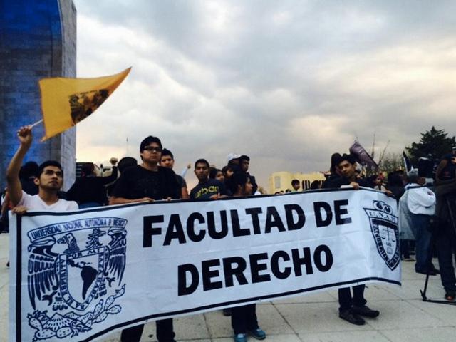 derecho unam ayotzinapa