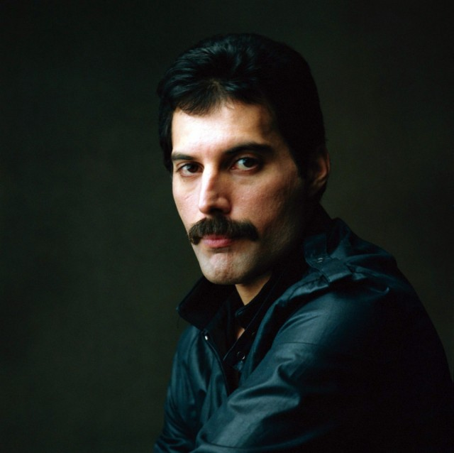Freddie Mercury, la atronadora voz que se apagó por culpa del sida. A 25 Años de su Muerte