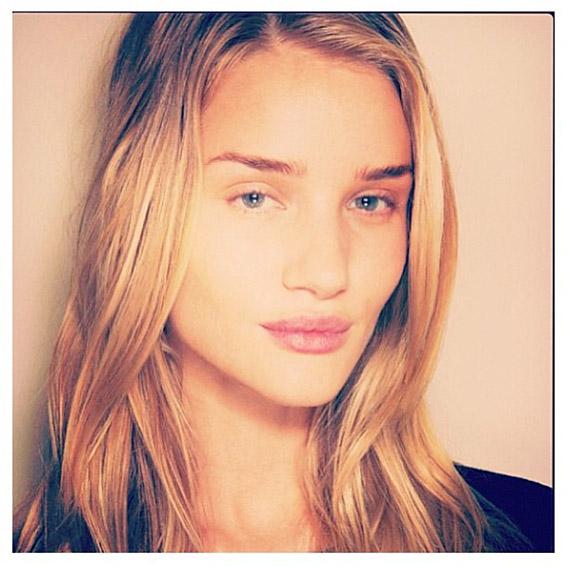 071614-makeup-free-selfies-10-567