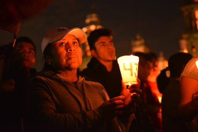 mitin.zocalo.marcha4meses.ayotzinapa