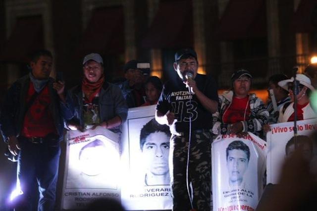 mitin.zocalo,ayotzinapa.4meses