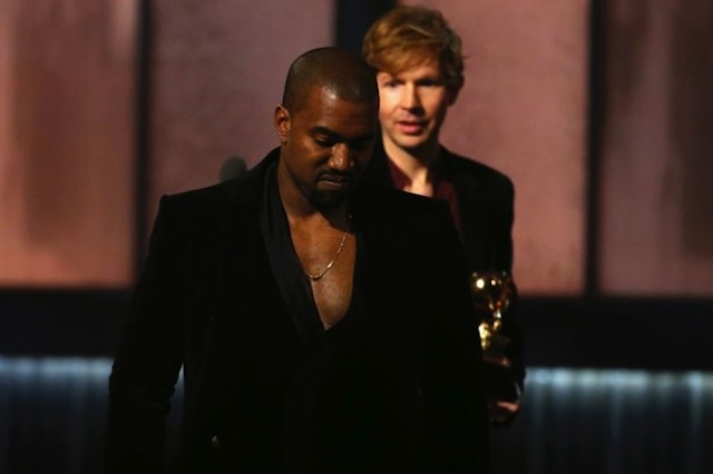 Beck-watches-Kanye-West