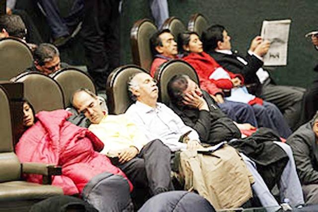 diputados-durmiendo2