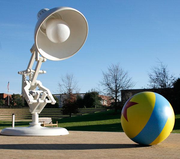 pixar-light-bulb-and-ball1