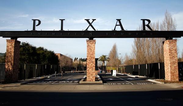 pixar-studios-entrance1