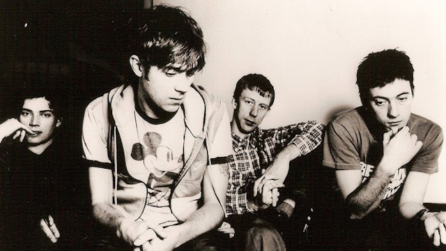Blur-get-Elton-Johns-cock-out-in-their-new-released-box-set