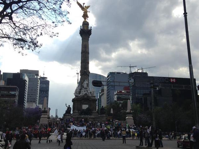 marcha.6meses.ayotzinapa2