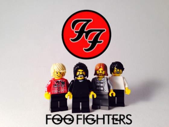 foo-fighters-legolised