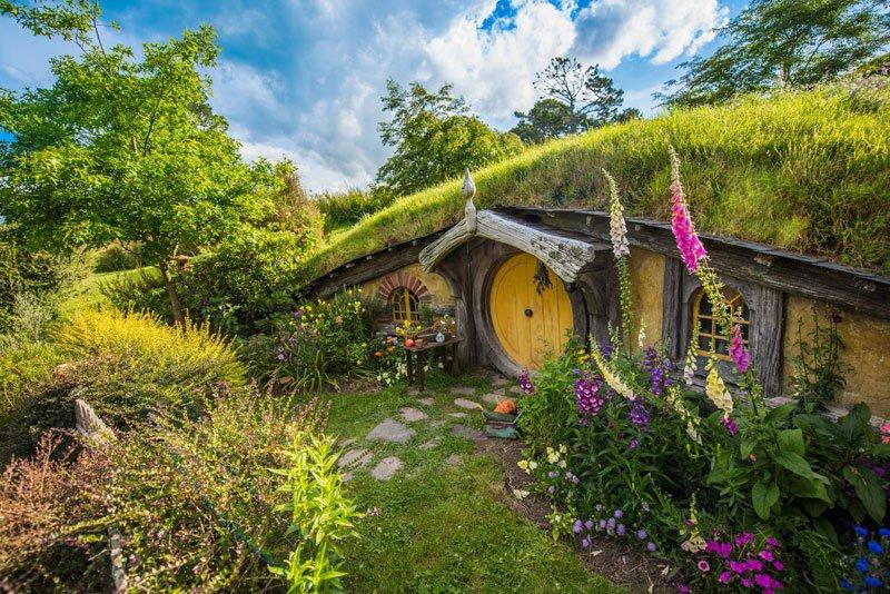 hobbiton-movie-set-tour-new-zealand-11