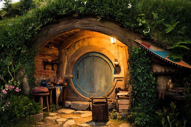 hobbiton-movie-set-tour-new-zealand-14
