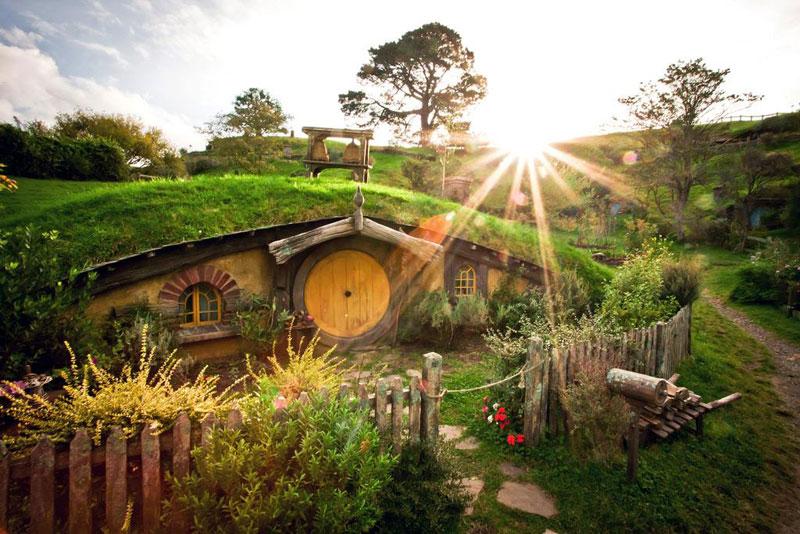 hobbiton-movie-set-tour-new-zealand-2