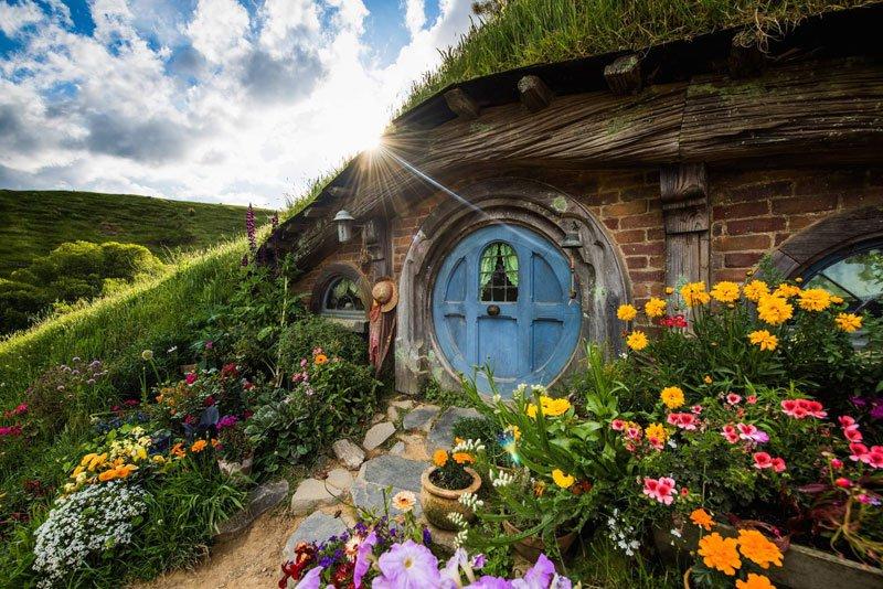 hobbiton-movie-set-tour-new-zealand-7