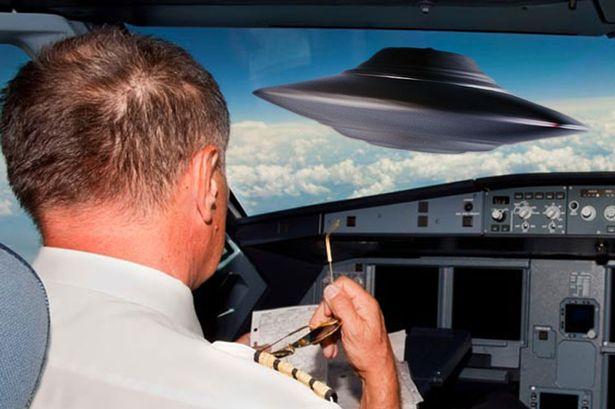 pilots-believe-in-UFOs-main