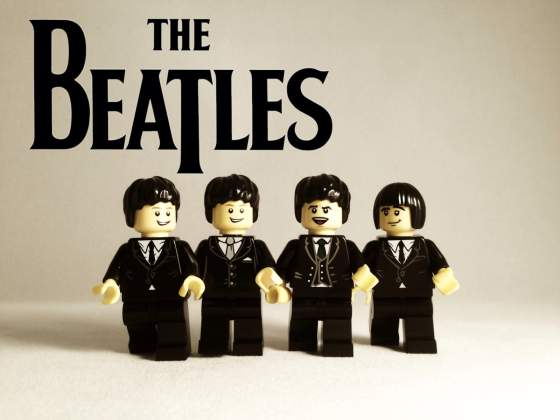 the-beatles-legolised-v1