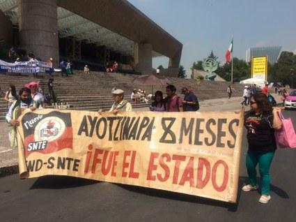 ayotzinapa.8
