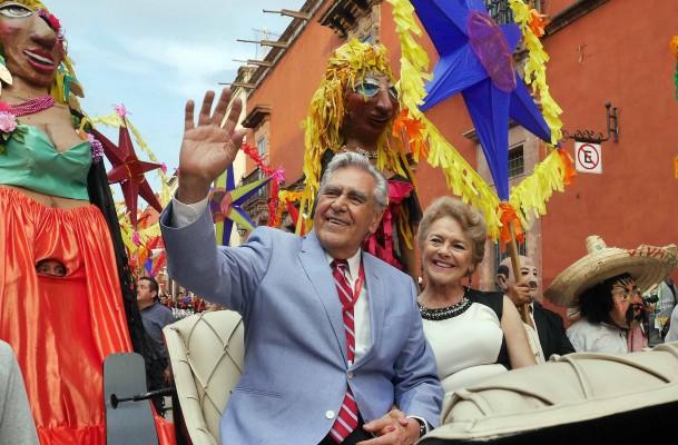 SMA Desfile Homenaje Erick del Castillo - Paulo Vidales -2