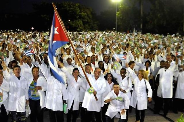 abanderada-brigada-medica-brasil-foto-joseraul-rodriguez
