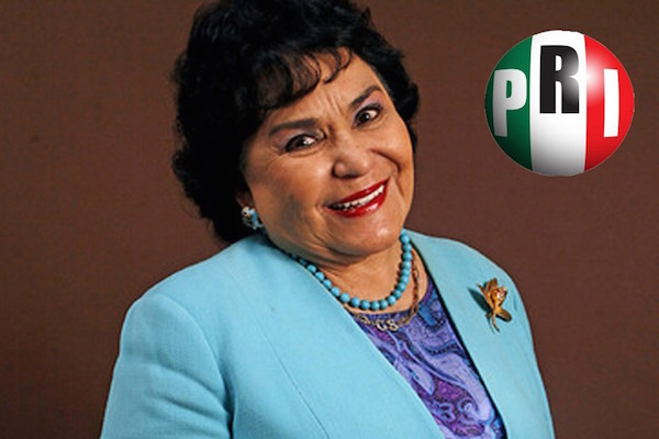 Así fue el primer día de Carmen Salinas como diputada