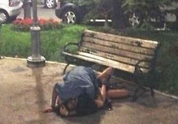 Italia.-Sexo-en-lugares-públicos-5-590x410