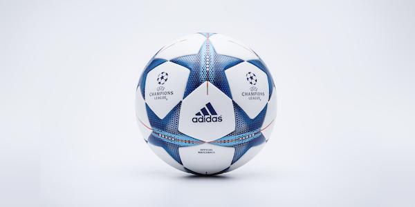 balon final champions 15