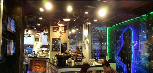 cafe_batman2
