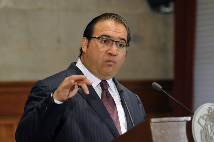 Javier Duarte es acusado de adquirir varios bienen inmuebles con recursos de dudosa procedencia.