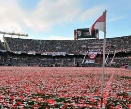 Ariel Arnaldo Ortega hizo su despedida oficial en el estadio Monumental. 13 de julio de 2013. Estadio: Monumental de River Plate. Foto: Marcelo Endelli / Photogamma.