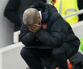 Arsene-Wenger_frustrado