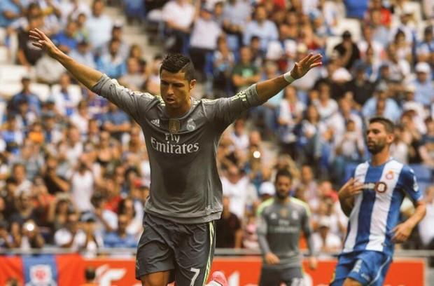 Cristiano_Ronaldo_5_goles