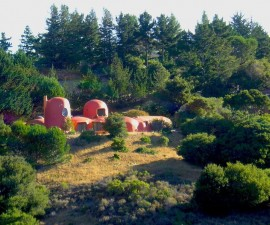 FlintstoneHouse-1