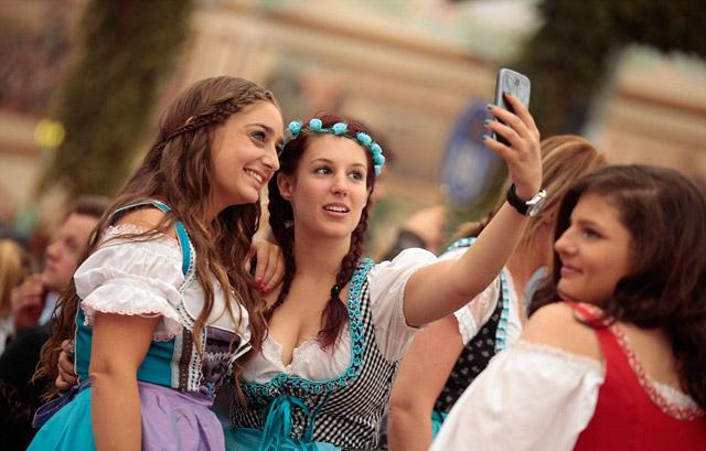 Oktoberfest-2015-16
