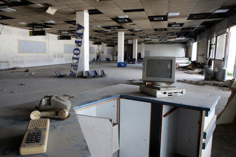 aeropuerto-abandonado-22
