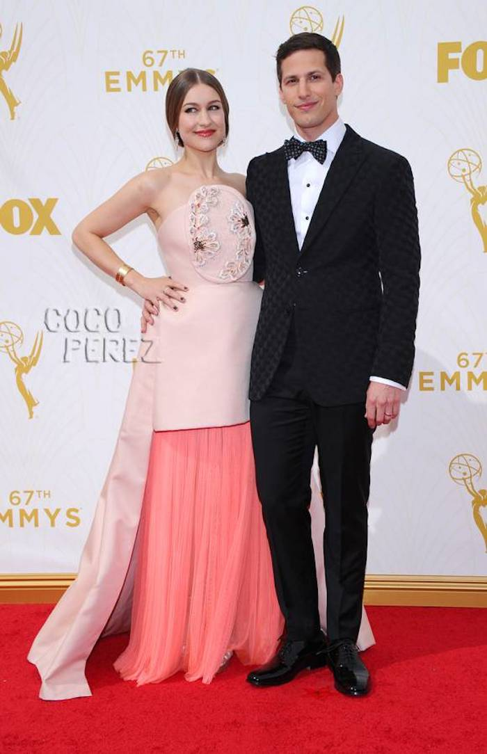anda-samberg-joanna-newsom-emmys-2015-red-carpet-ap__oPt