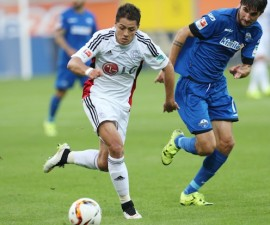 debut chicharito 9