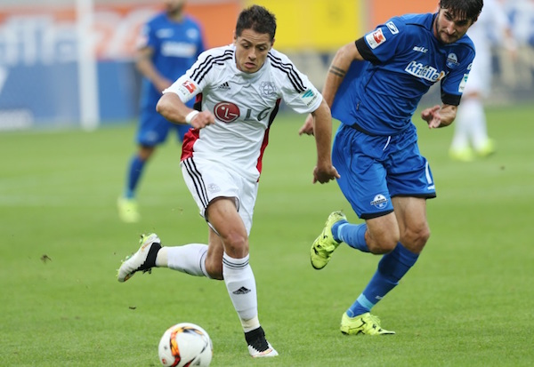 El debut del Chicharito con el Leverkusen, en imágenes