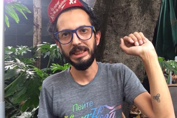 Mexicanos chingones presenta: Miguel Islas y sus kangous