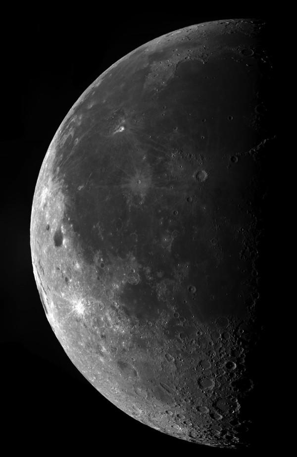 Mega Moon, de Ethan Chappel