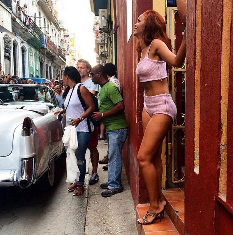 Rihanna-Cuba-Vanity-Fair-Cuba-5